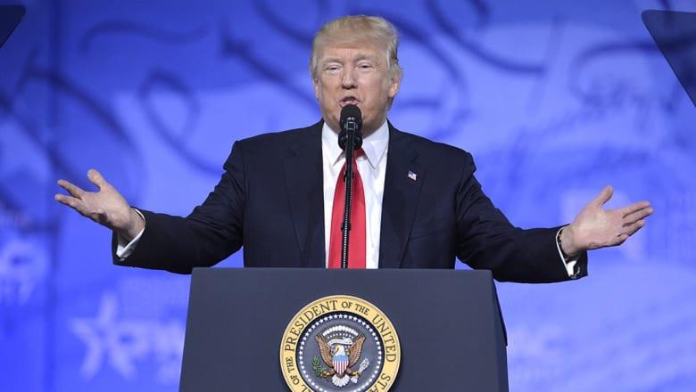 """ترامب: سنمنع """"الإرهابيين الإسلاميين"""" من دخول أمريكا.. وقرار جديد خلال أيام"""
