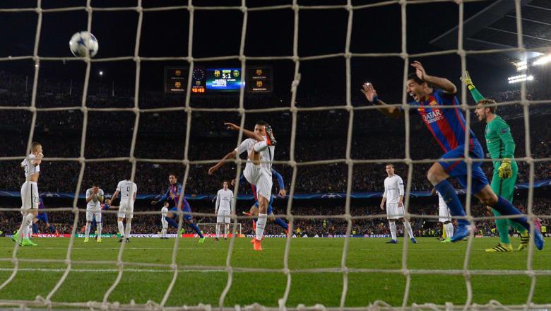 دوري أبطال أوروبا 2017.. برشلونة يقسو على باريس سان جيرمان 6-1 في عودة مذهلة