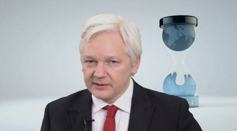أسانج: الاستخبارات الأمريكية فقدت السيطرة على ترسانة أسلحتها الإلكترونية