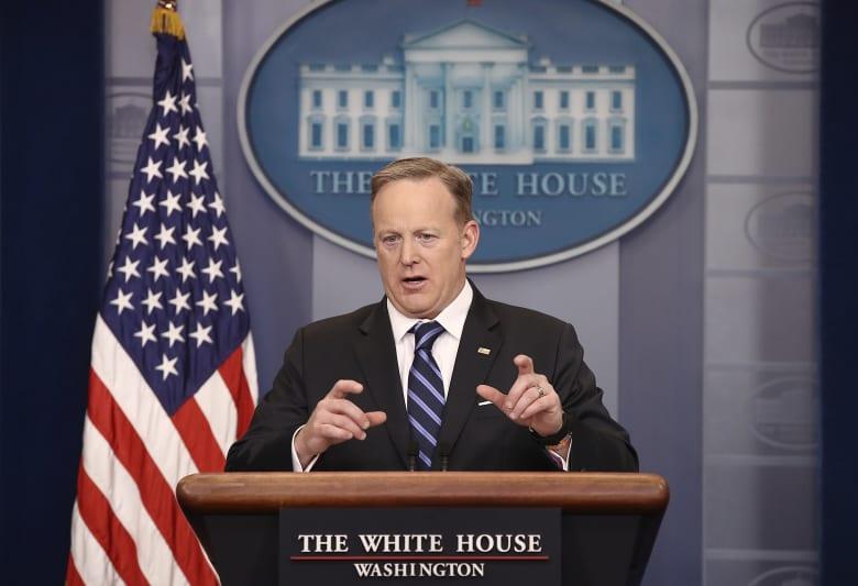 """البيت الأبيض يعلق على مواجهة """"الدولة العميقة"""""""