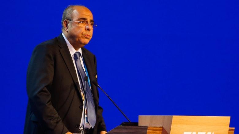 زطشي يزيح روراوة ويصبح رئيسا للاتحاد الجزائري