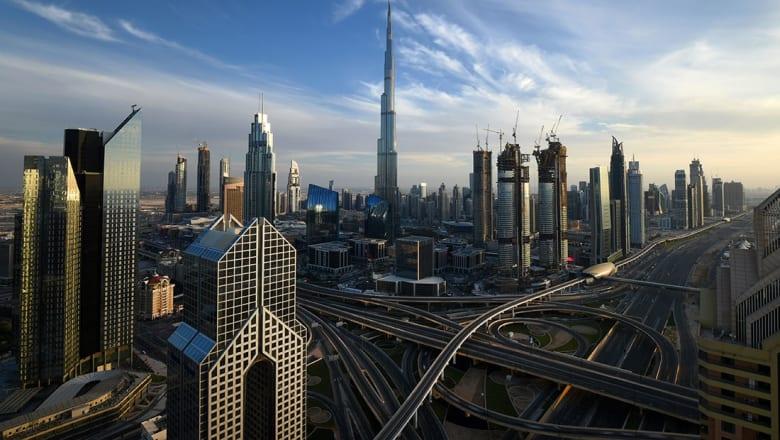 من التاكسي إلى الراديو والمطعم والمستشفى.. دبي تدمج الحياة العصرية بالأوقاف