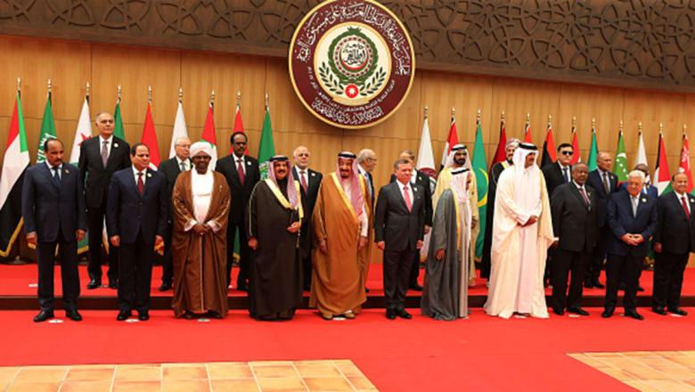 """قمة عمّان: """"مصالحات أولية"""" وتمسك بمبادرة السلام"""