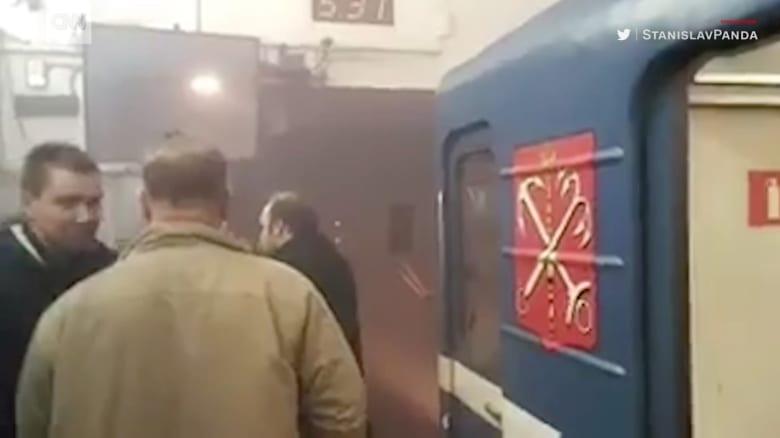 المشاهد الأولية بعد انفجار سان بطرسبرغ