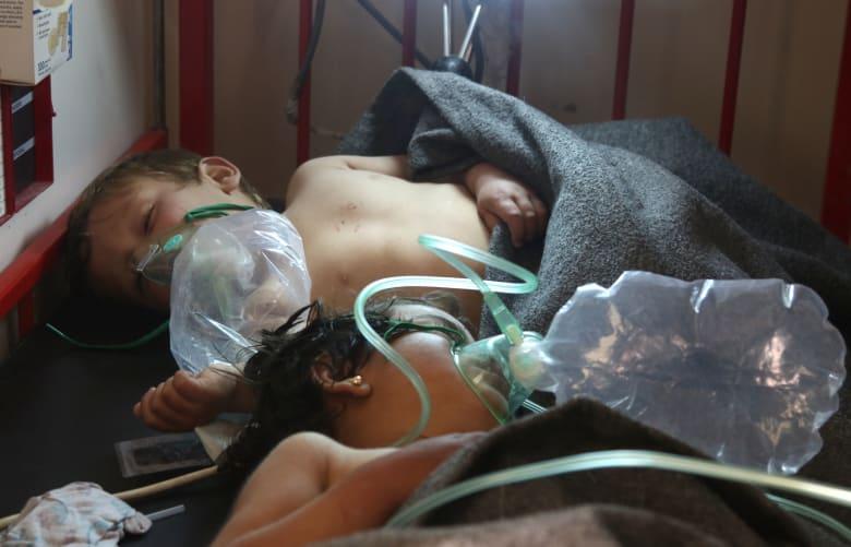 عشرات القتلى ومئات الجرحى في خان شيخون السورية.. ونشطاء يتهمون نظام الأسد باستخدام الغاز