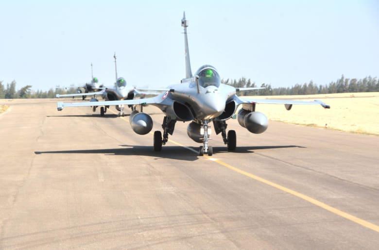 """مصر تتسلم دفعة جديدة من مقاتلات """"رافال"""" الفرنسية.. والجيش: إضافة قوية لقدراتنا الجوية"""