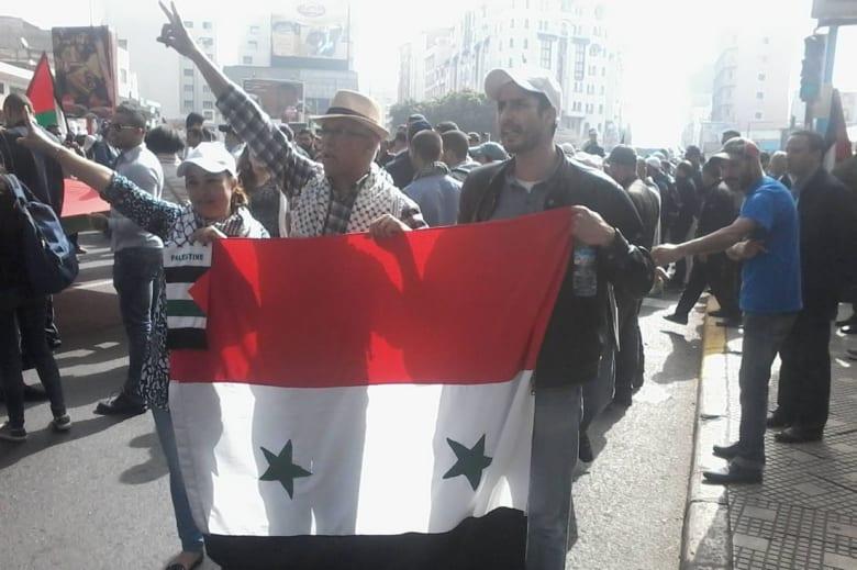 مناوشات لفظية في مسيرة بالمغرب بسبب الخلاف حول ما يجري بسوريا