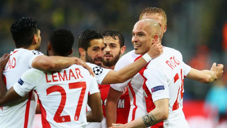 موناكو يهزم دورتموند الجريح على أرضه في دوري الأبطال