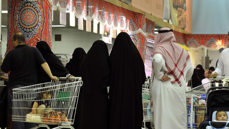 """مجلس الشورى السعودي يوافق على الضريبة الانتقائية.. تبدأ بـ""""السلع الضارة"""""""