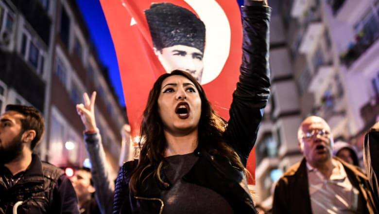 جميل مطر يكتب عن استفتاء تركيا: الديمقراطية تنحسر في العالم لصالح حكم الفرد