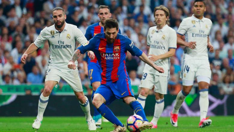 """لحظة بلحظة.. تابعوا تغطيتنا المباشرة لـ """"كلاسيكو الحسم"""" بين ريال مدريد وبرشلونة"""