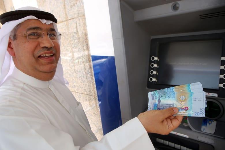 كيف يرى المستهلكون أوضاعهم المالية في الكويت لعام 2017؟