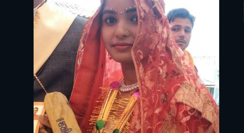 مضارب خشبية للعرائس لضرب أزواجهن..فقط في الهند