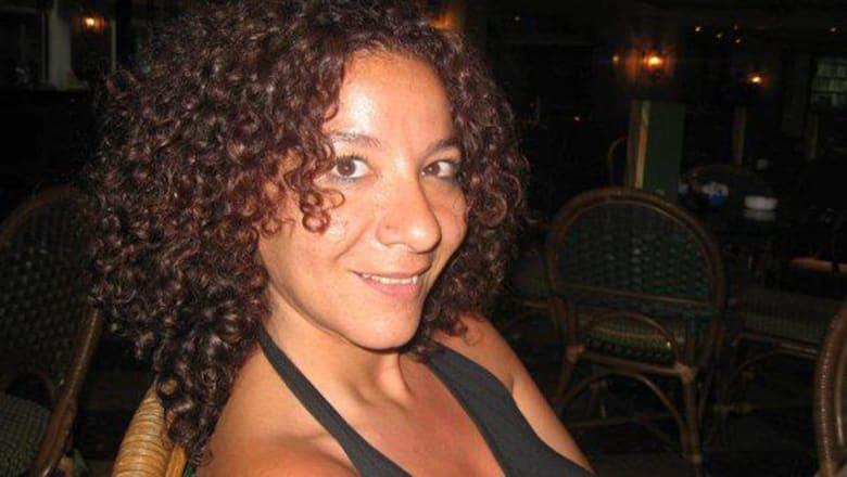 """بعد ضجة فيديو الرقص.. منى برنس تعلن ترشحها لرئاسة مصر: """"هدلع الشعب"""""""