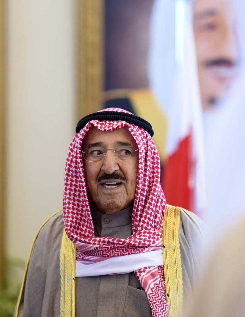 الكويت محور اتصالات ورسائل لقطر.. هل تتكرر تجربة مصالحة 2014؟