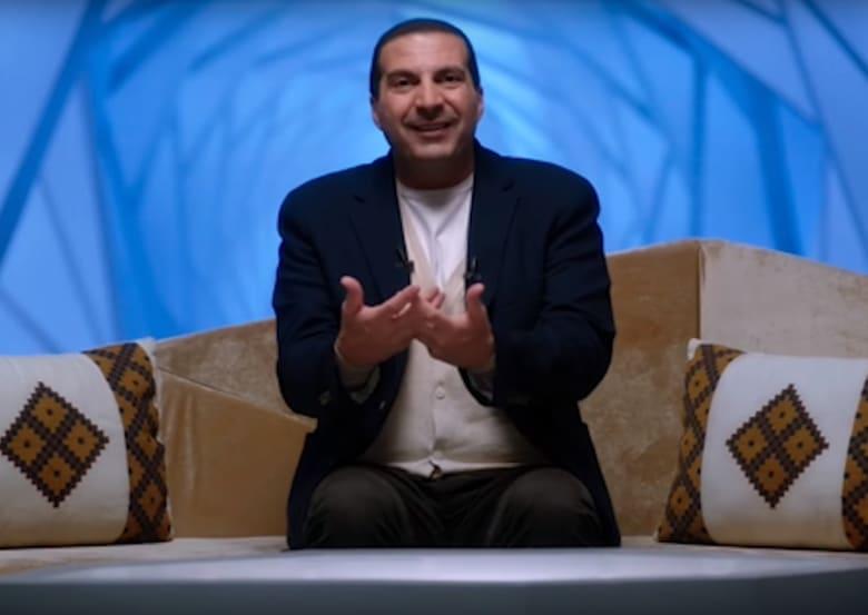 عمرو خالد يكشف موقفه من مقاطعة قطر: تغريداتي عن حلقة حصار النبي فقط