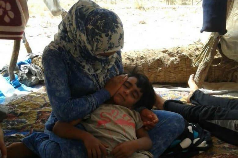 بقرار ملكي.. المغرب يعلن استقبال 13 أسرة سورية محاصرة على الحدود مع الجزائر