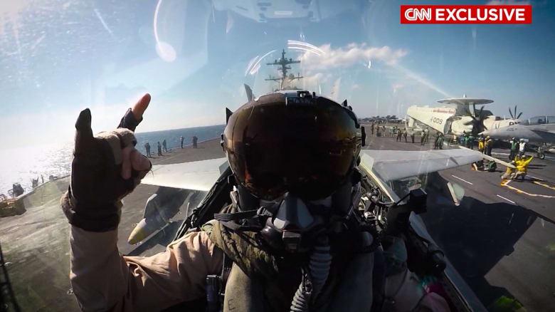 """فقط على CNN.. تعرف إلى طياري المقاتلات الأمريكية في الحرب على """"داعش"""""""