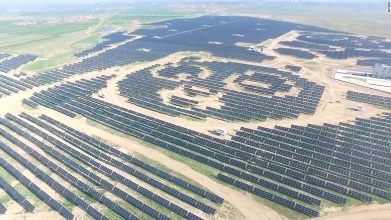 شاهد.. حقل للطاقة الشمسية في الصين على شكل باندا