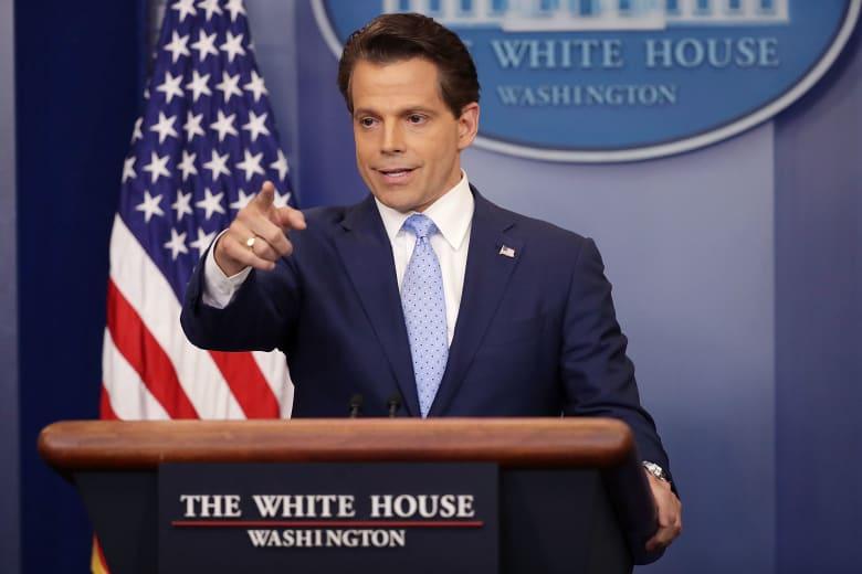 مغادرة مدير اتصالات البيت الأبيض من منصبه