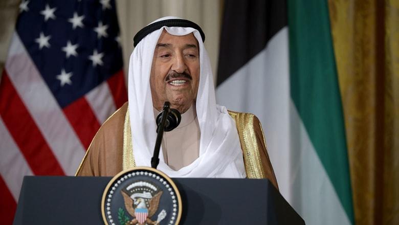 إعلامي كويتي: أمير قطر اتصل بولي العهد السعودي دون علم الوسيط