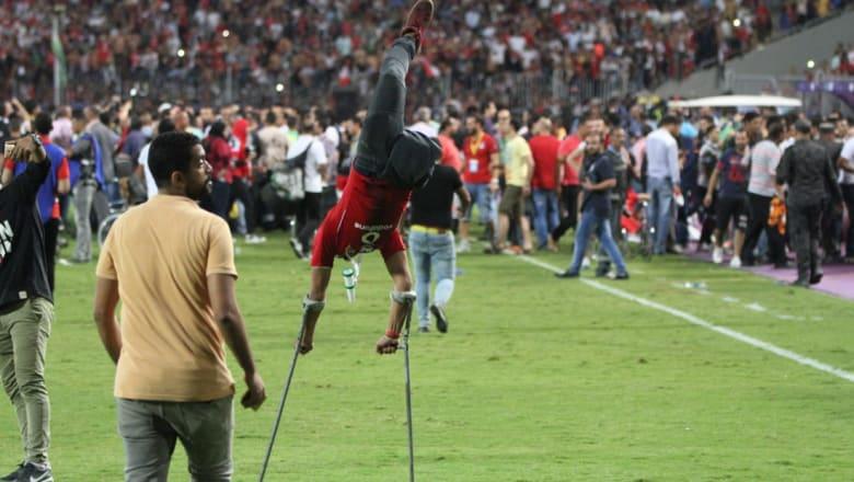 صاحب الإحتفال المميز لـ CNN: كرة القدم ساعدتني على تجاوز أحزاني.. ولم أتوقع أن أصبح مشهورا