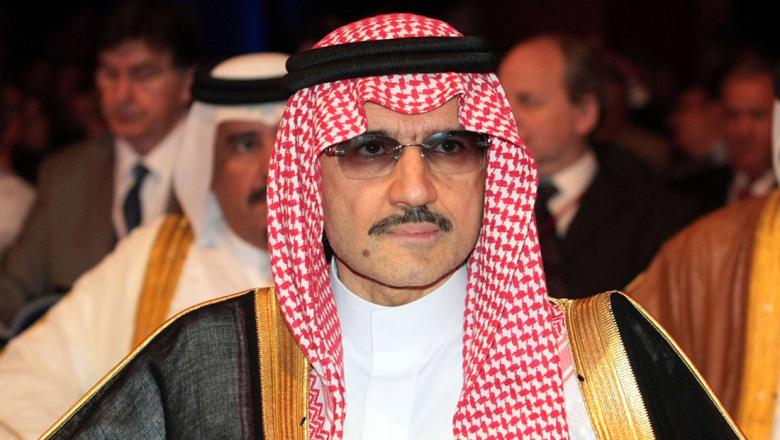 مصدر سعودي لـCNN: ملفات مالية كبرى بين التهم الموجهة للأميرين الوليد ومتعب