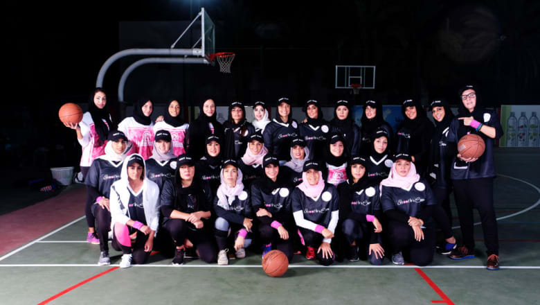 جدة تشهد على أول بطولة رسمية لكرة السلة النسائية في السعودية