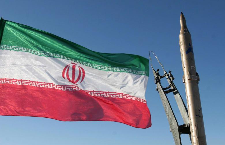 نواب بحرينيون يهاجمون إيران: اضربوا الإرهاب على رأسه