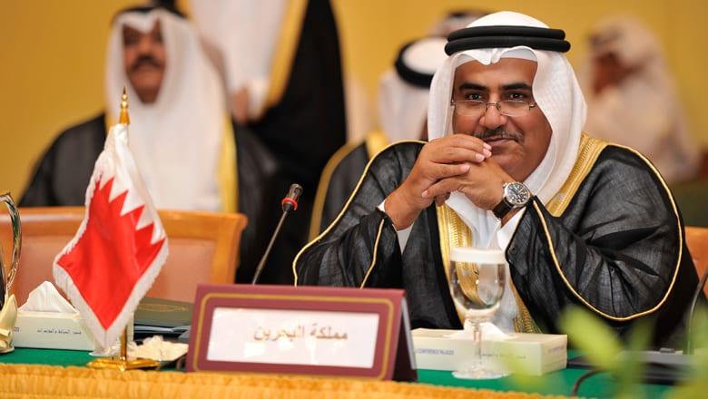 """وزير خارجية البحرين: فقط إيران وأعوانها """"يولولون"""" بعد قرار الجامعة العربية"""
