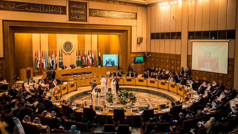 الرئيس اللبناني لأمين عام الجامعة العربية: لا يمكن قبول إيحاءات شراكة حكومة لبنان بأعمال الإرهاب