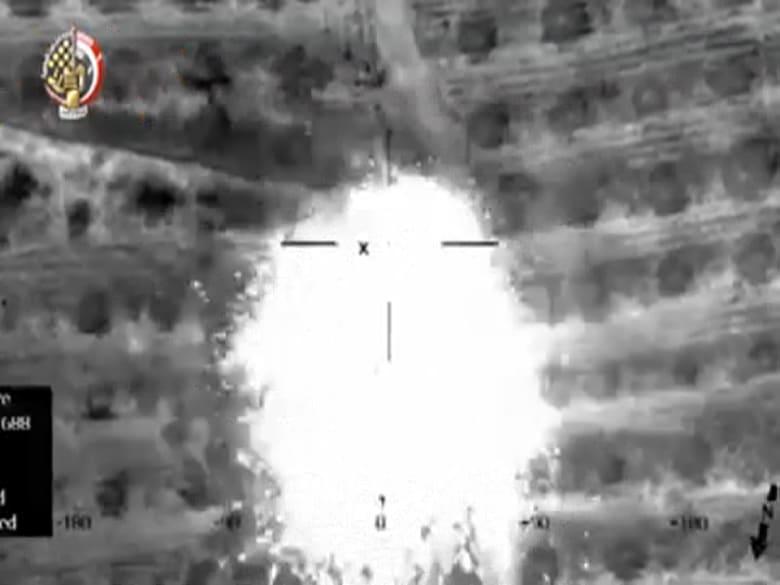 شاهد.. الجيش المصري يستهدف عناصر إرهابية بعد هجوم الروضة