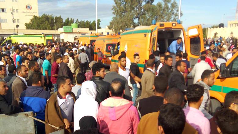النيابة العامة بمصر: ارتفاع عدد قتلى هجوم مسجد الروضة لـ305 والمسلحون رفعوا علم داعش