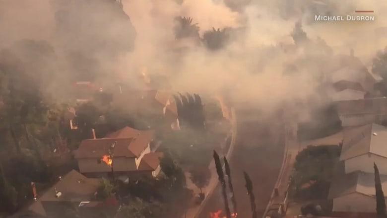 شاهد مباشرة.. حرائق ضخمة تشتعل في كاليفورنيا
