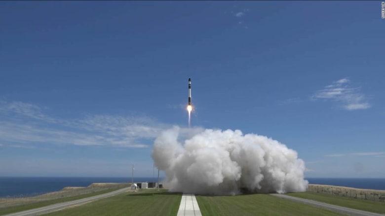ما هي الشركة الجديدة في عالم السياحة الفضائية؟