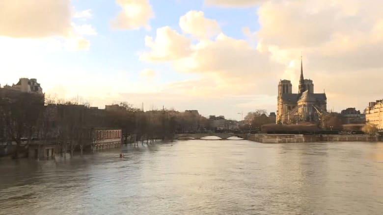 شاهد.. فيضانات في باريس بسبب ارتفاع منسوب نهر السين