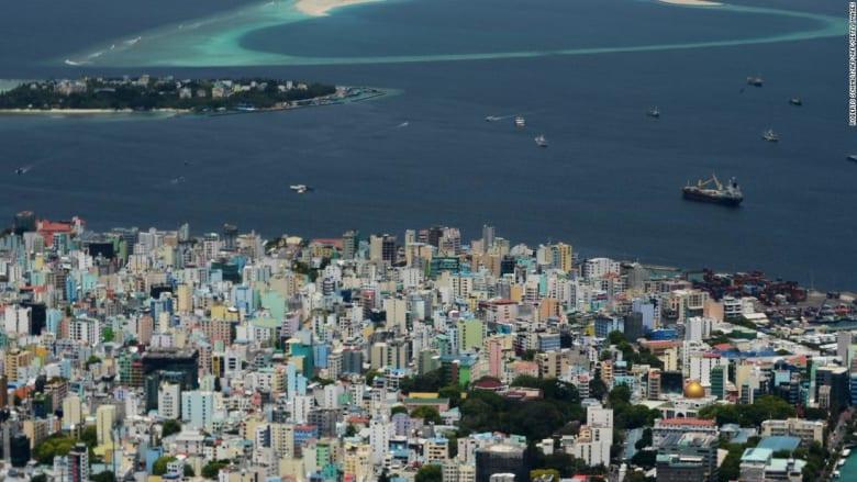 اضطرابات سياسية تهدد السياحة في المالديف