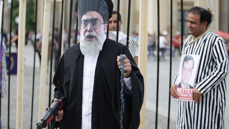"""""""هيومن رايتس ووتش"""" تطالب إيران بوقف إعدام الأطفال"""