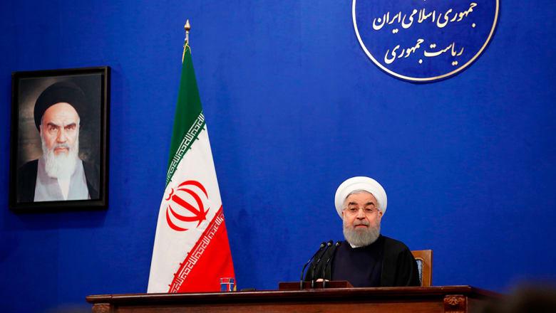 روحاني بذكرى الثورة الإسلامية: نريد الاستقرار والثبات في المنطقة