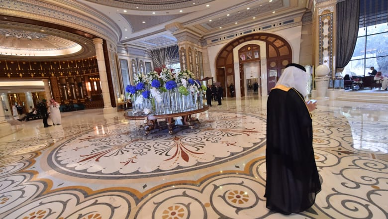 """فندق """"ريتز كارلتون"""" الرياض يفتتح أبوابه من جديد"""