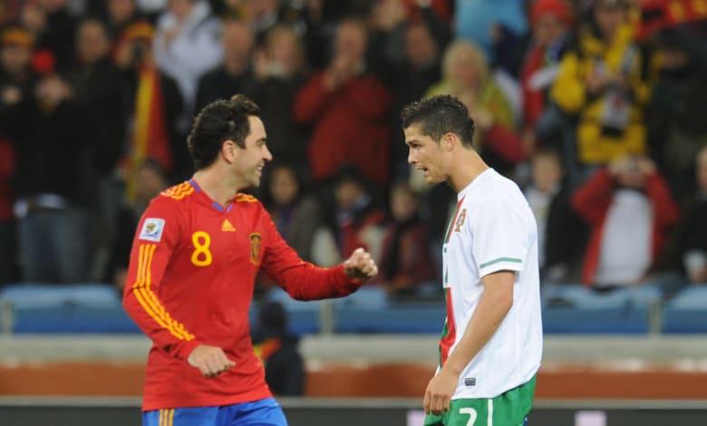 تشافي عن رونالدو: ماذا فعل؟ سجل هدفا من ركلة جزاء والآخر بركبته