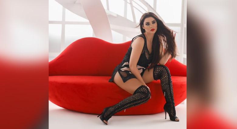 المغنية اللبنانية قمر تثير ضجة بنشرها صوراً عارية الصدر على انستغرام