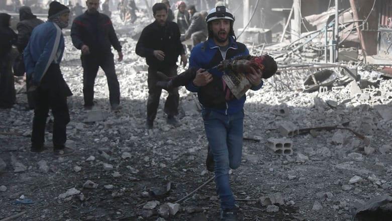 300 قتيل في الغوطة خلال 3 أيام.. وروسيا تنفي تورطها في القتل