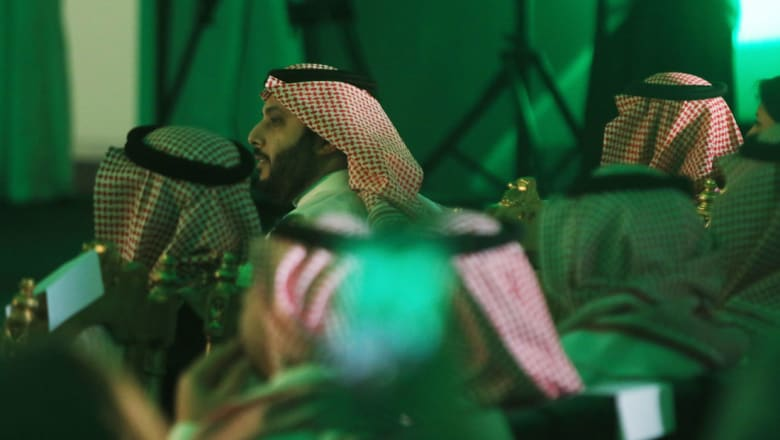 تركي آل الشيخ يرد على وسم يطالب برحيله.. والفراج يوضح: إسألوا عن مُطلق الهاشتاغ