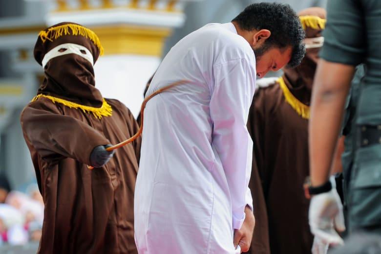 """المجتمع """"المثلي"""" في إندونيسيا قلق بعد حديث عن قوانين جديدة"""