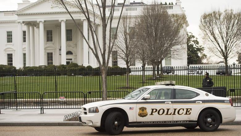 مصدر أمني لـCNN: شخص أطلق النار على نفسه أمام البيت الأبيض