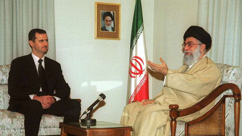 رأي: طهران قد تضحي ببرنامجها الصاروخي ولكن ليس ببشار الأسد