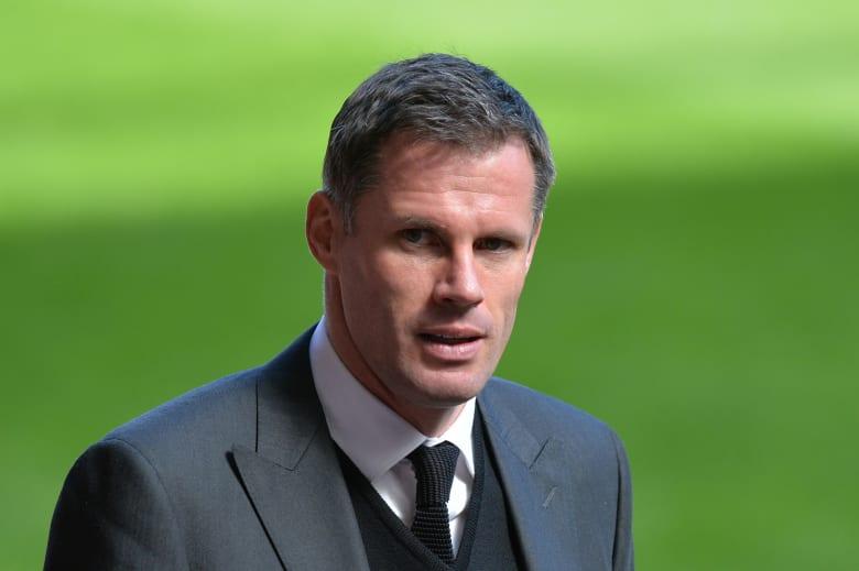 """لاعب ليفربول السابق يعتذر بعد """"البصق"""" على فتاة إثر نهاية الكلاسيكو"""