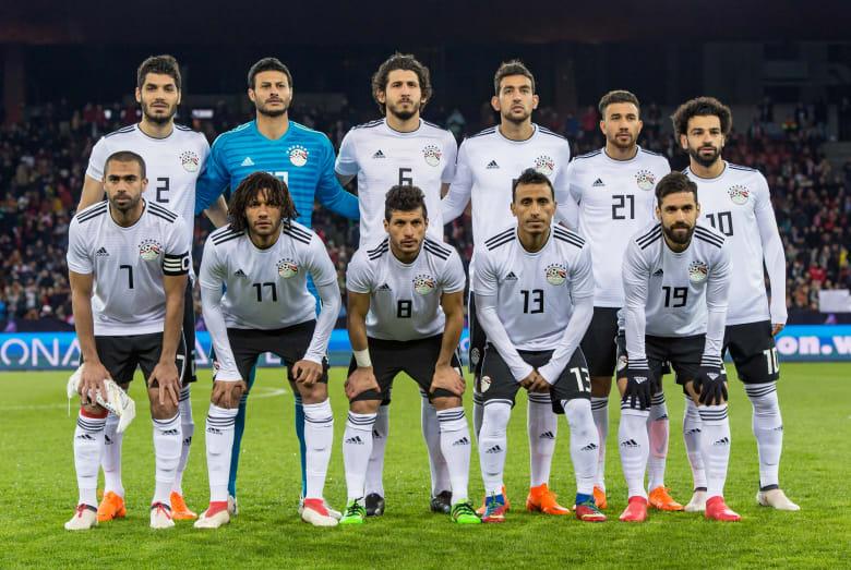 وزير الرياضة المصري يعد الجماهير بالوصول إلى دور الـ16 في المونديال