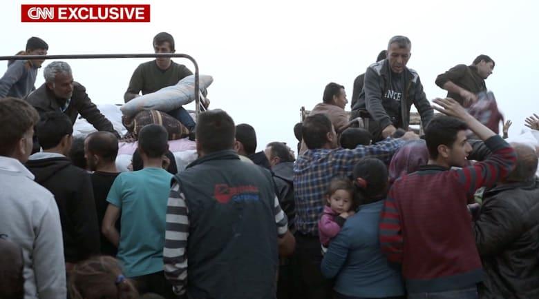 النازحون من عفرين.. لا يوجد ملجأ من قوات تركيا والنظام السوري